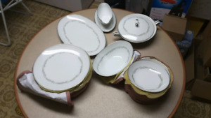 Noritake China (Almont) Set