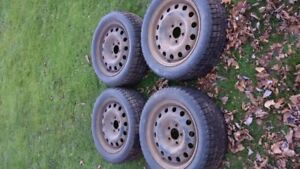 205 55 16 Studded Cooper Weather Master S/T2 on rims