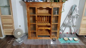 DISPLAY CABINET / CABINET A VENDRE