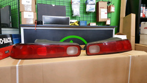 Authentic JDM Integra Tail Lights (1994-2001)