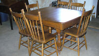 Antique oak dining table & 6 chairs for sale