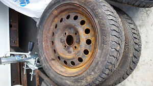Set of 4 studded winter tires 195/55R15 85T with wheels