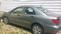 Selling a 2004 Toyota Corolla. Would make a great first car!