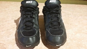 Nike Football Sz 8.5 West Island Greater Montréal image 3