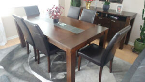 Solid Wood Table & Eight Chairs (Excellent Condition)