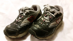 Toddler Boy's New Balance Sneakers Size 6.5
