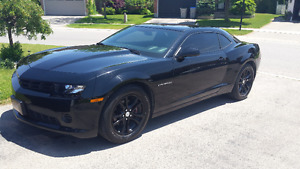 2014 Chevrolet Camaro 2LS Coupe Excellent Condition