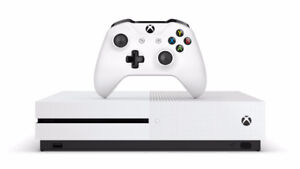 Xbox one S black ops 1-3 fifa 17 new controler for ps4