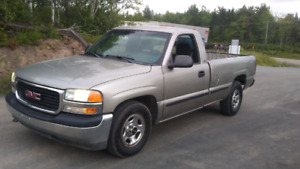 *NEW MVI* 2000 GMC ONLY 125KM $3600 TAX IN.