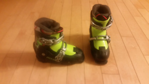 Youth - Asjustable Size Ski Boot