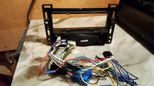Metra 99-3303 Install kit for GM Vehicles Using The LAN System I Peterborough Peterborough Area image 2