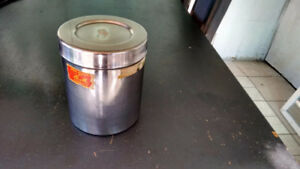 Stainless Steel 1.75 Liter (~1/2 US Gallon) Container