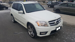 2012 Mercedes-Benz GLK-Class 350 SUV, leather interior $21,900
