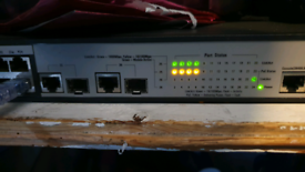 HP 1910-24 ports-PoE Switch - JG539A