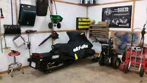 2010 skidoo 1200 4 stoke great condition 137 studded track