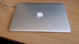 MacBook Air 2014, Office 2016, Logic X, FinalCut, GargeBand