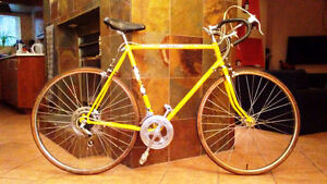 ---THE PACER De Luxe Cycle---