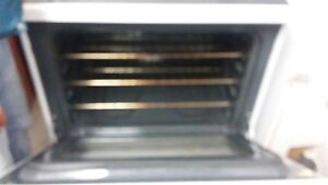 GENERAL ELECTRIC STOVE in a brand new condition