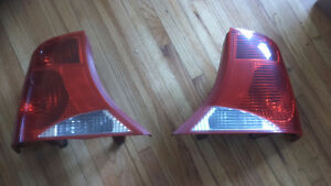 PARTS FOR 2000-03 FORD FOCAS--POWER MIRRORS--GRILL -- Windsor Region Ontario image 1