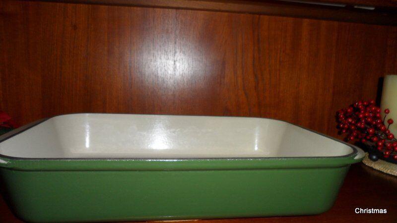 Le Creuset XXL Rectangular Roasting Dish + Bentalls Divided Vegetable Dish - British Racing Green