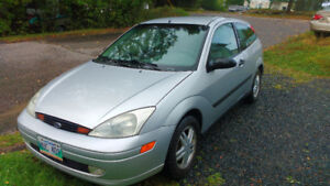 2001 Ford Focus Hatchback - mint condition commuter w/low milage
