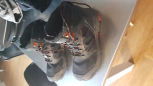 Helly Hansen ATCP work boots size 12