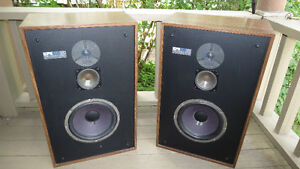 EPI TIME ENERGY THREE WAY SPEAKERS EPICURE