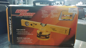 Niveau laser JOHNSON HOT SHOT seulement 49,95$