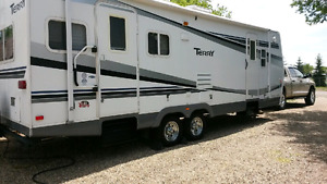 26' 2006 Terry Travel Trailer