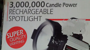 spot light 3000000 candle power with charger