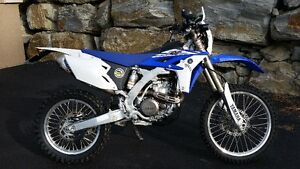 2014 YAMAHA WR450 STREET LEGAL & REGISTERED. ONLY 382KM. KELOWNA