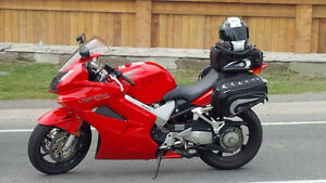 Mint 2002 Honda VFR800 - Looking to Trade for MG or Miata