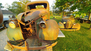 Vintage Chevy pickups for sale