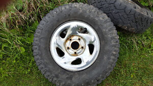 235/85r16 duratrac on Dodge Ram rims