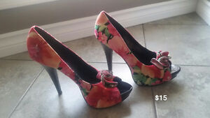 Women's Shoes Platform Heels Size 9 - Never worn $15.00