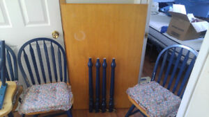 For Sale Kitchen Table and Chairs