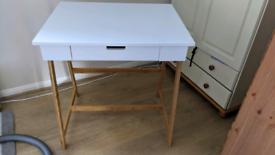 The futon company desk
