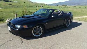 2002 Ford Mustang GT Convertible ***LOW KM*** ***86000km***