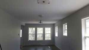 Large 3 Bedroom Flat in Halifax's trendy North end