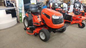 Tracteur à Gazons Ariens 54'' LIQUIDATION  2995 $