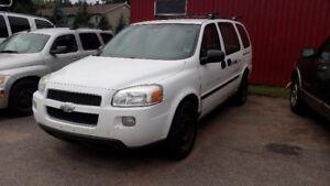 2008 Chevrolet Uplander cargo Minivan, Van