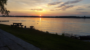 Sandbanks Lakefront Resort Cottage Sunset View 3-Bdrm $790-1,790