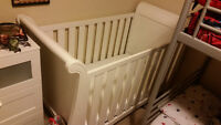 White crib with mattress included
