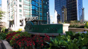 """The Lions"" 1 Bedroom + 1 Den Condo"