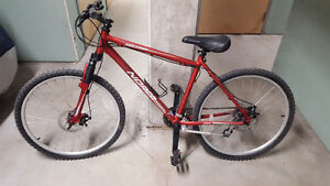 "Mens 18.5"" Norco Mountaineer 21 Speed."