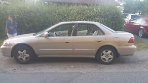 2000 Excellent Honda Accord Sedan with very low milage