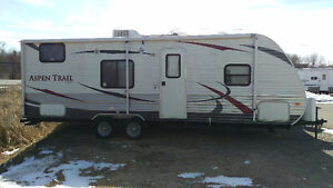 2013 Dutchmen Aspen Trail 2710BH camper trailer w/bunks
