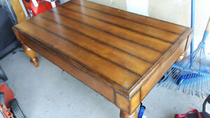REDUCED - Beautiful coffee table - REDUCED PRICE!!! Kitchener / Waterloo Kitchener Area image 2