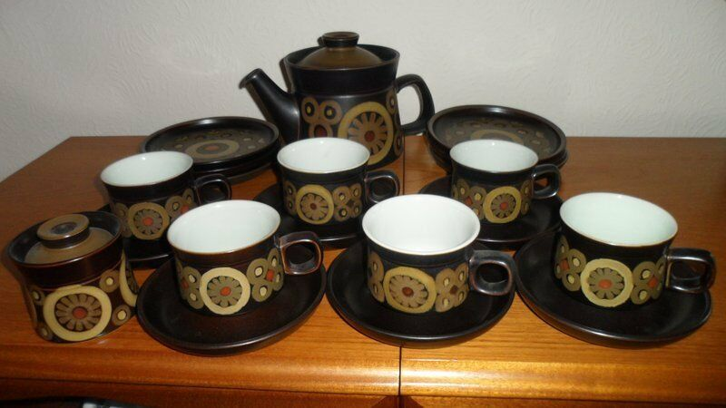 Denby Arabesque Six Place Tea-set including two Teapots - pristine ...