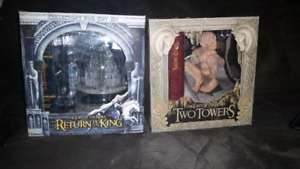 Lord of the rings dvd/ statue sets!